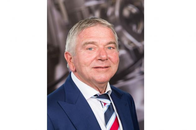 VDL executive vice president Wim Maathuis retires